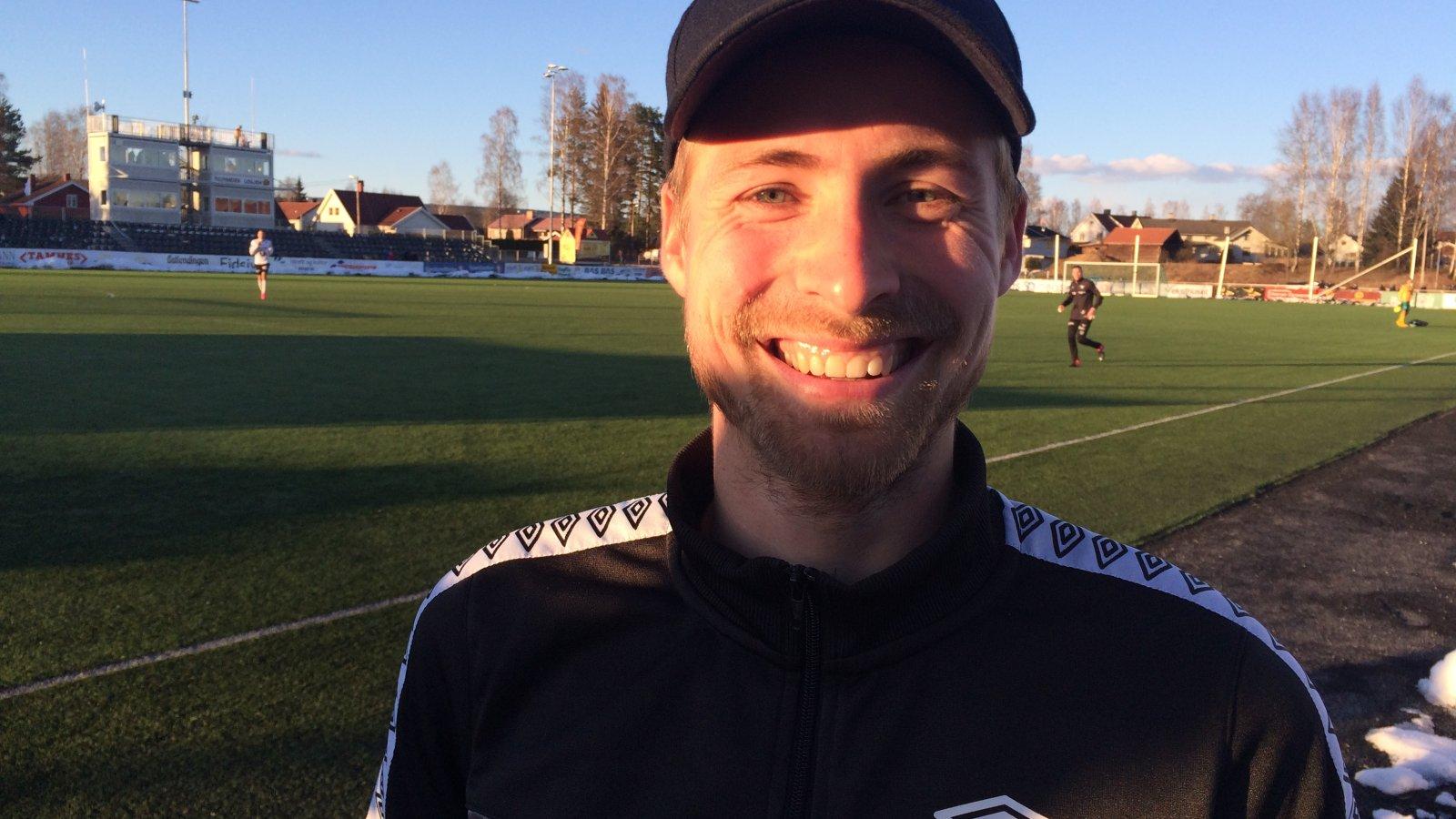FORNØYD: Nicolay Solberg kunne glise etter tre scoringer mot Elverum.