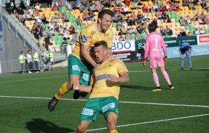 Martin Trøen og Kristoffer Normann feirer sistnevntes 3-1-scoring mot Notodden.