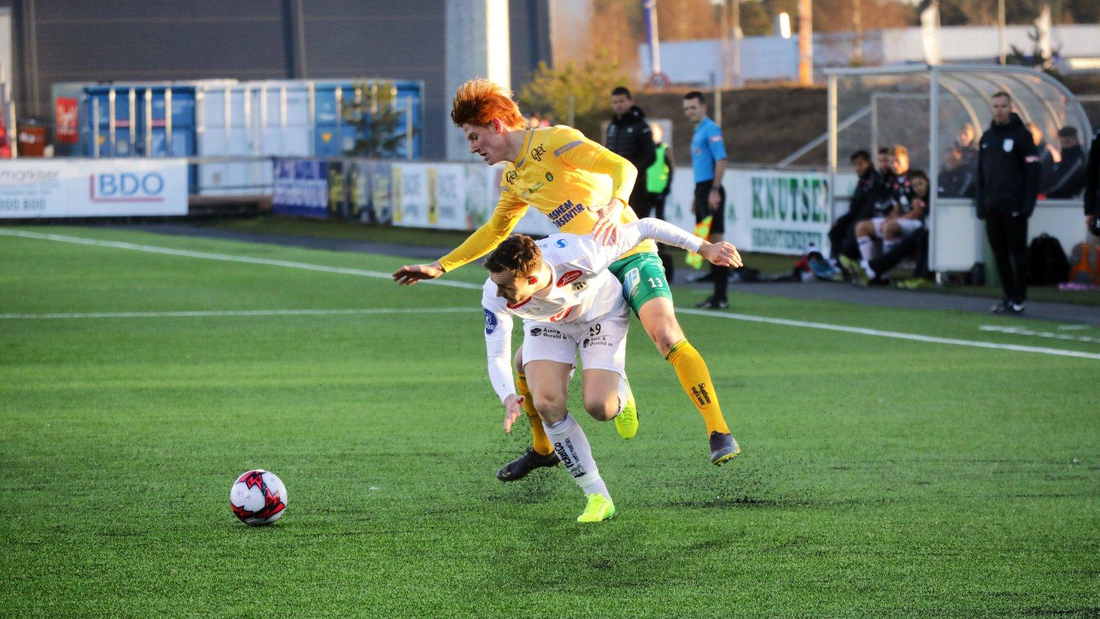 Martin Søreide fikk sine første minutter i OBOS-ligaen for Ull/Kisa noen gang mot Sogndal. Unggutten har spilt i klubben siden han var 12 år gammel, og spilte de siste 22 minuttene i sesongens første hjemmekamp.